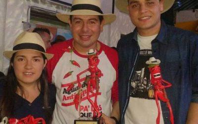 'El Orejón' ganador del Festival de la Trova Picante en Medellín
